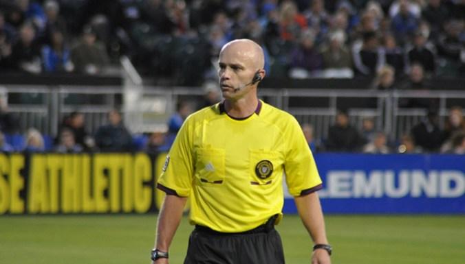 30-sport-referees.jpg